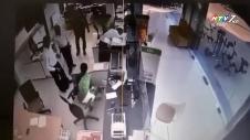 Dùng Súng Uy Hiếp Cướp Hơn 2 Tỷ Tại Ngân Hàng Vietcombank