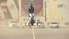 Cảnh Sát Dubai Tuần Tra Bằng Xe Bay