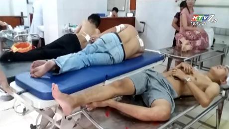 Xem Clip Kinh Hoàng 3 Thanh Niên Bị Nhóm Người Bịt Mặt Bắn HD Online.