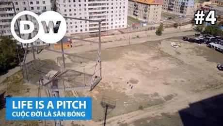 Xem Show TRUYỀN HÌNH THỰC TẾ  Cuộc Đời Là Sân Bóng Tập 04 : Soccer pitch in Ulaanbaatar, Mongolia HD Online.